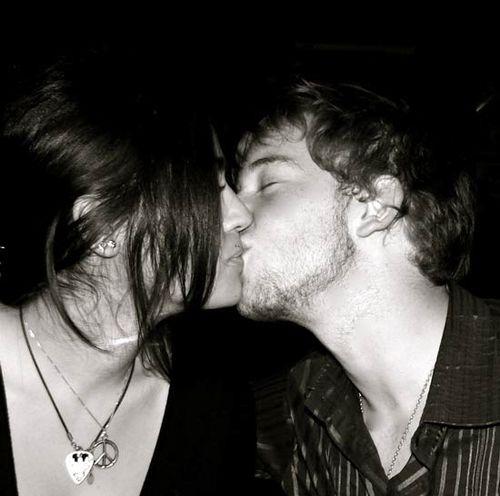 Send_me_a_kiss