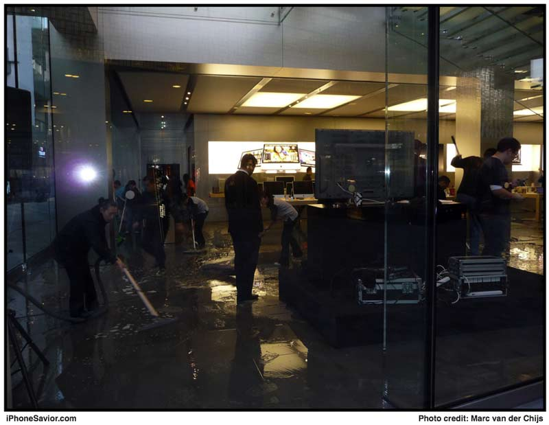 Beijing_apple_store_flood_2