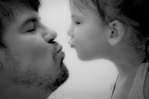 Kisses_for_Daddy