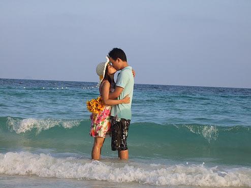 The_ocean_kiss