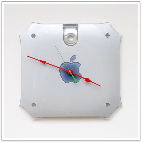 Power_Mac_G4_clock