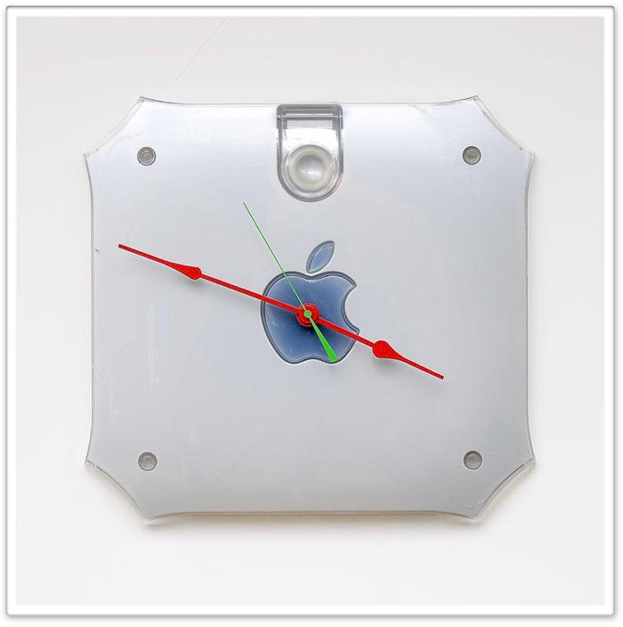 Power_Mac_G4_clock