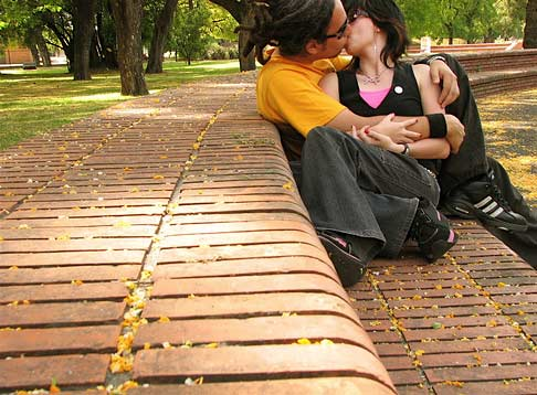 Love_in_the_park