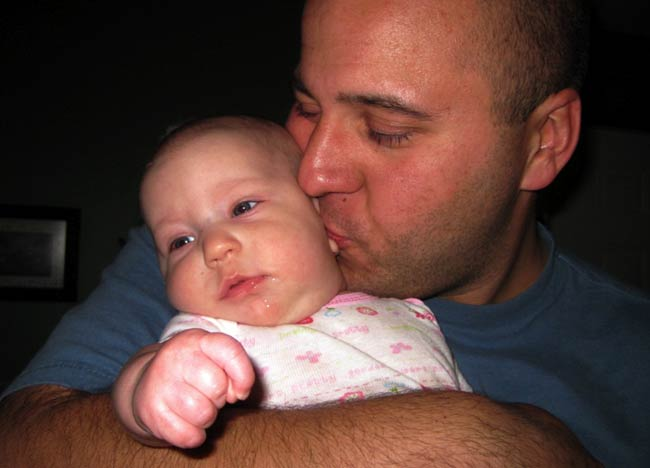 Daddy_kisses