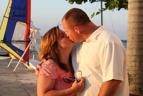 Kissing_in_Jamaica