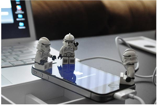 IPhone Savior: New IPhone 4 Unboxed By Lego Star Wars