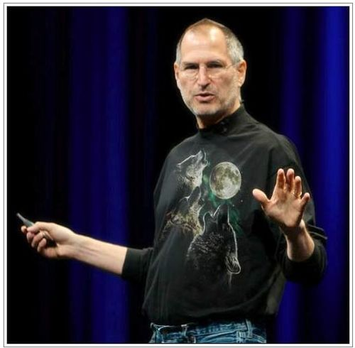Steve_Jobs_Three_Wolf_Moon_shirt