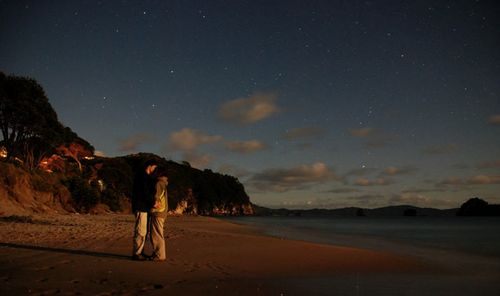 Kissing_under_the_stars