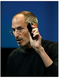 Steve_Jobs_IPhone_4