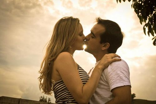 Hot_Kiss