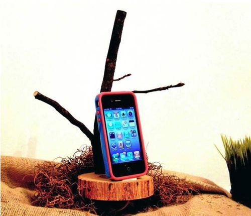 IPhone_tree_dock