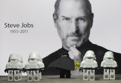 Lego_Steve_Jobs_Tribute
