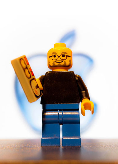 Mini_Fig_Steve_Jobs_Tribute