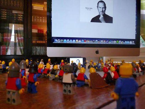 Lego_funeral_Steve_Jobs