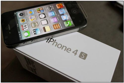 IPhone_4S_Unboxed
