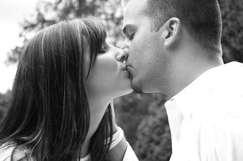 When_Your_Lips_Meet_Mine