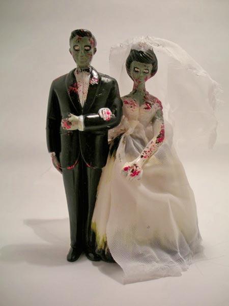Zombie_Couple_Cake_Topper