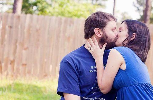 A_Love_Story_Kiss