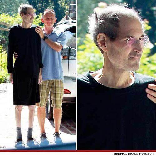 Iphone Savior Steve Jobs Photo Days After Apple Resignation