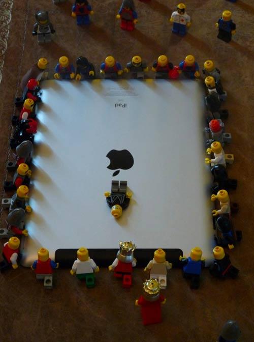 Steve_Jobs_Lego_Funeral