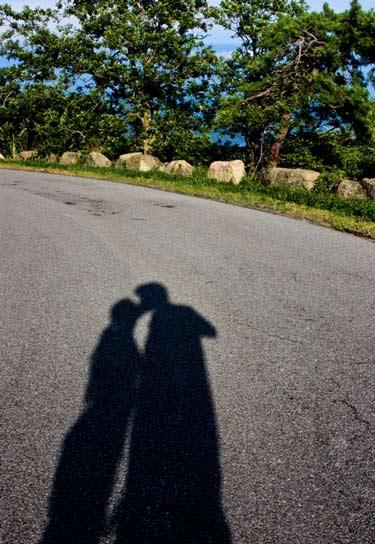 Shadow_Smooches