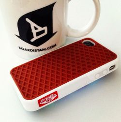 Vans_Waffle_sole_iPhone_Case_Red
