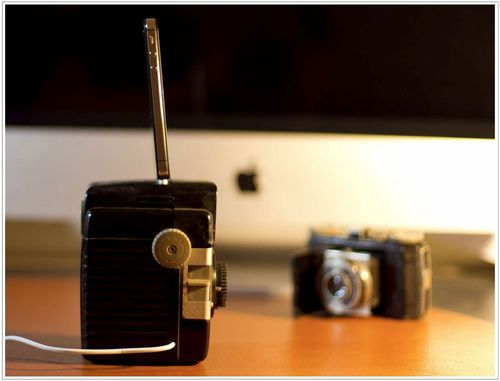 Kodak_Brownie_iPhone_Dock