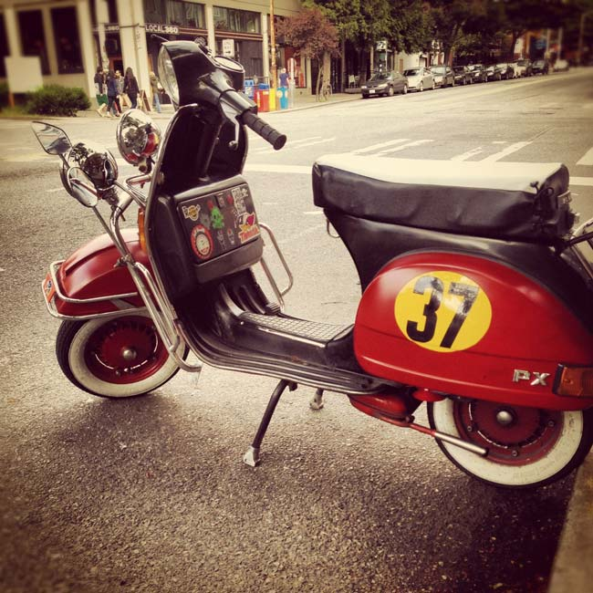 Red_Vespa_Scooter_Seattle
