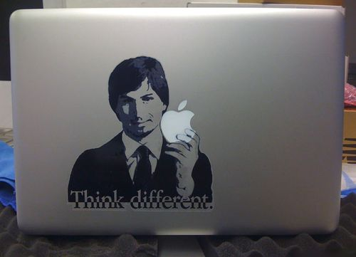 Steve_Jobs_Macbook_decal