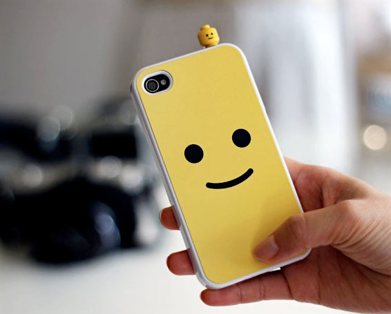 Iphone Savior Smiley Face Lego Iphone Case Will Rule Them All