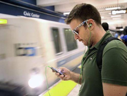 IPhone_subway_theft