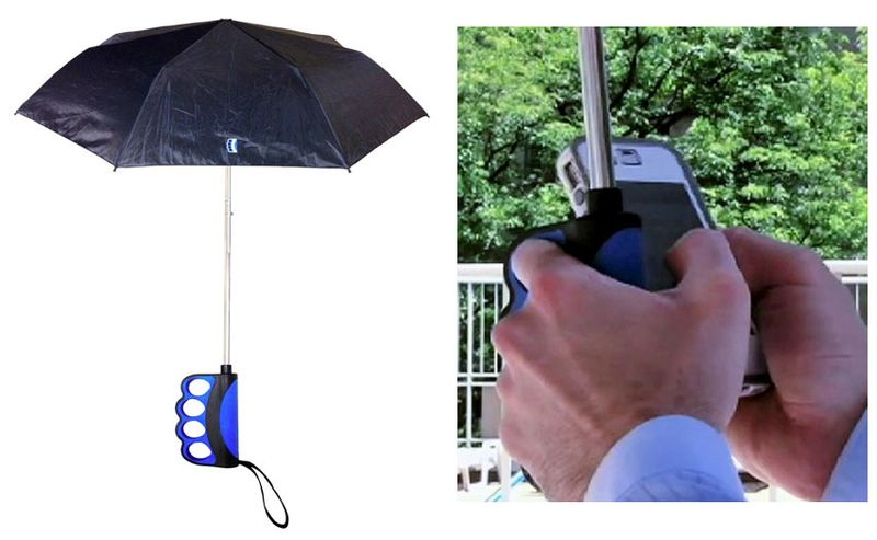 Brolly_iPhone_Texting_Umbrella