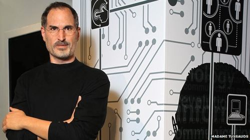 Wax_Steve_Jobs_unveiled