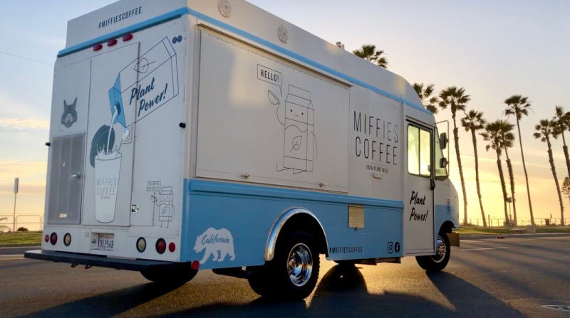 Miffies_Coffe_Truck_Huntington_Beach